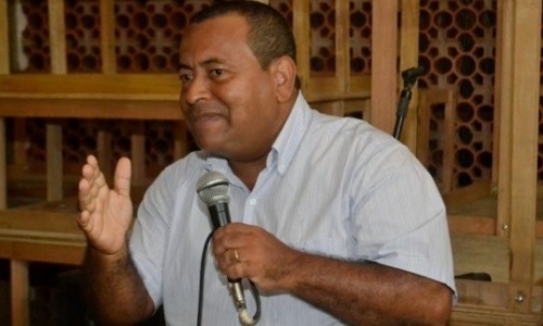 Itacaré: Justiça suspende decisão da câmara e libera candidatura de Tonhe de Anízio
