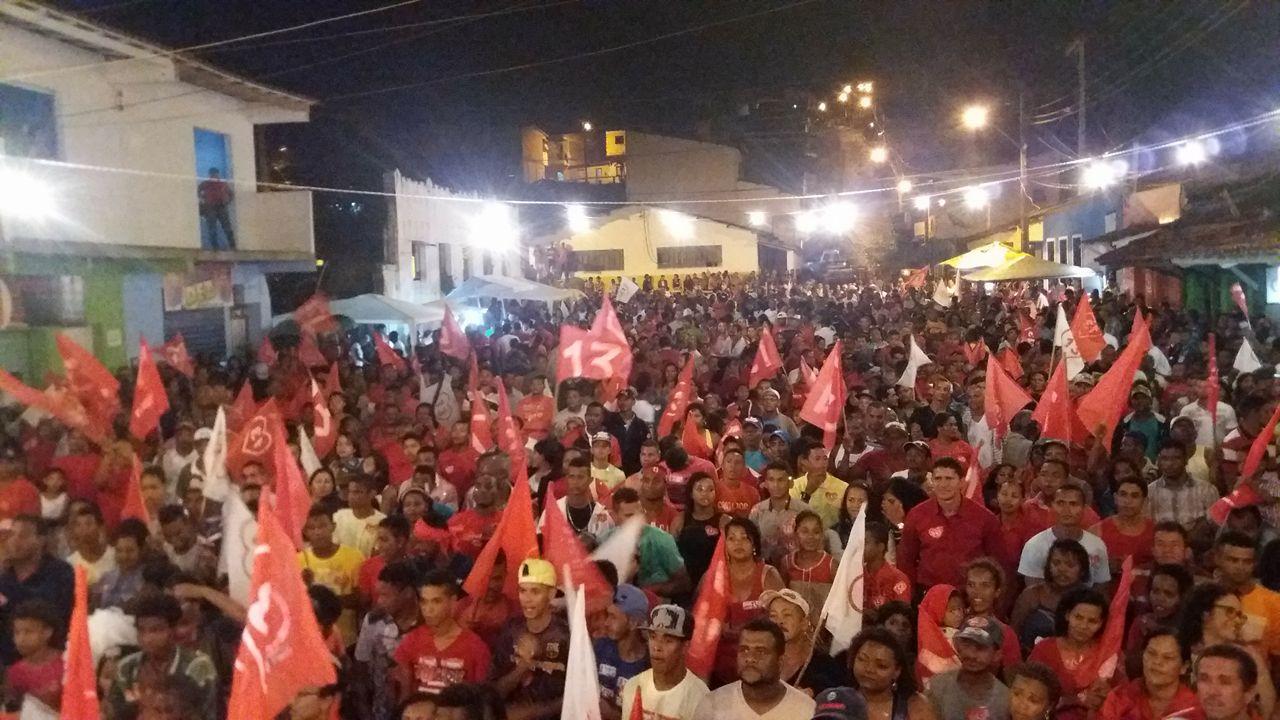 Antonio de Anísio reune militantes em comício realizado em Taboquinhas