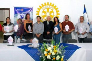 premio-profissionais-do-ano2016rotary-ubaitaba