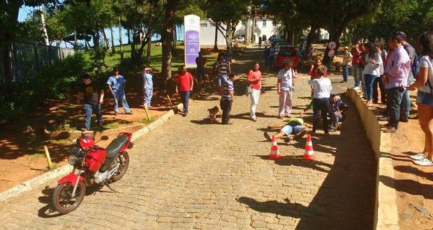 Mototaxista é perseguido e morto dentro de estacionamento da Ufba