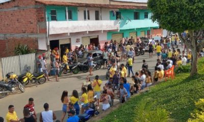 Ilhéus e Ubaitaba, na região sul da Bahia, registram aglomerações durante o final de semana