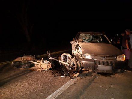 Motociclista morre após colisão com picape na BR-330; veículo tem placa de Ubatã